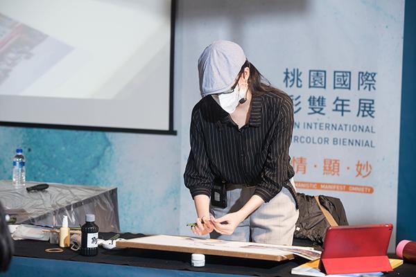 0912余思瑩示範